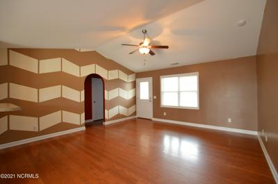 116 OYSTER LANDING DR, Sneads Ferry, NC 28460 - Photo 2