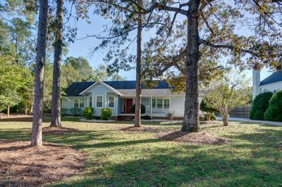 173 CAMP QUEEN RD, Swansboro, NC 28584 - Photo 2