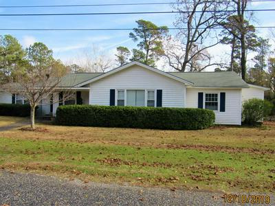 1102 FOREST DR, WHITEVILLE, NC 28472 - Photo 1