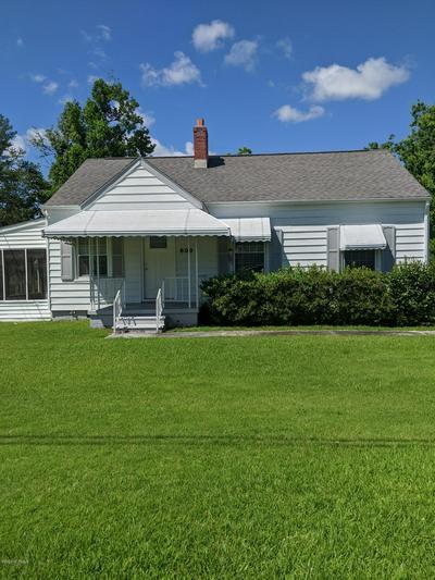 609 E SABISTON DR, Swansboro, NC 28584 - Photo 1