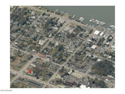 614 CEDAR ST UNIT 1, Beaufort, NC 28516 - Photo 2