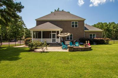 110 PINE BLUFF RD, Swansboro, NC 28584 - Photo 2