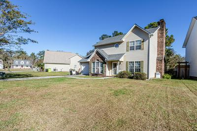 607 PLAYER CT, Jacksonville, NC 28540 - Photo 1
