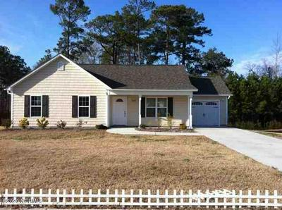 204 HOLLY LN, Swansboro, NC 28584 - Photo 1