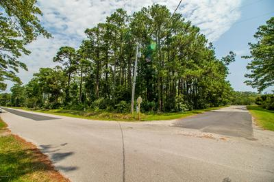 117 STRAITS HAVEN RD, Beaufort, NC 28516 - Photo 2