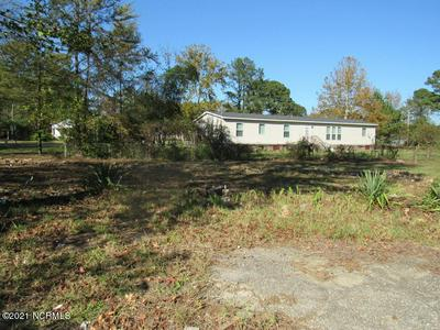 103 GREENWOOD BLVD, Princeville, NC 27886 - Photo 2