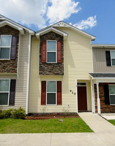 410 GLENHAVEN LN, Jacksonville, NC 28546 - Photo 1