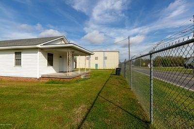 600 S EAST ST, Roseboro, NC 28382 - Photo 1