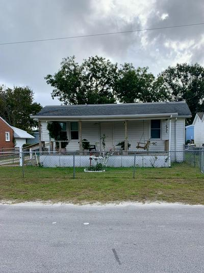 2011 BAY ST, Morehead City, NC 28557 - Photo 1