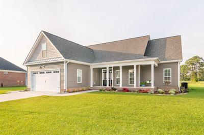 637 DALTON ST, Ayden, NC 28513 - Photo 2
