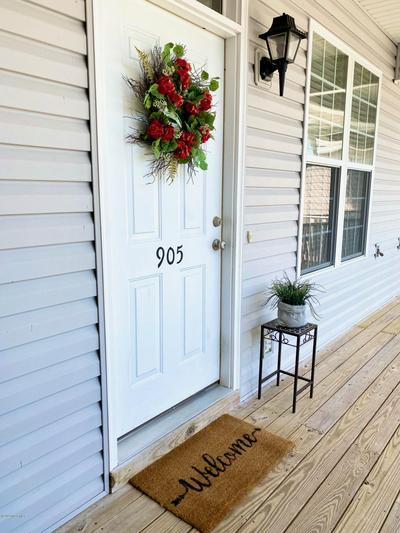 175 OLD MURDOCH RD APT 905, Newport, NC 28570 - Photo 1
