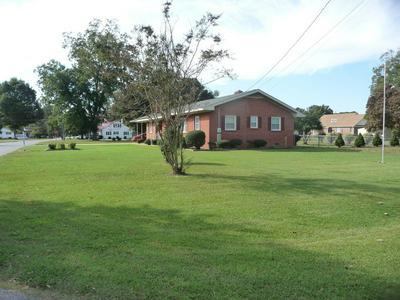 405 WILLOW RD, CLINTON, NC 28328 - Photo 2