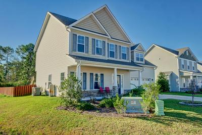 201 ADMIRAL CT, Sneads Ferry, NC 28460 - Photo 2