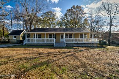 203 CEDAR AVE, Hampstead, NC 28443 - Photo 2