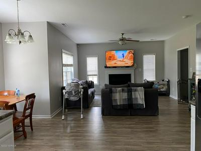 615 STAGECOACH DR, Jacksonville, NC 28546 - Photo 2