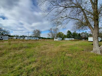 286 BATCHELOR RD, Richlands, NC 28574 - Photo 2