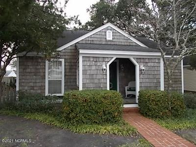 2405 ARENDELL ST, Morehead City, NC 28557 - Photo 2