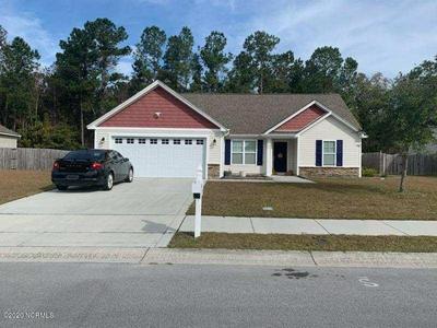 304 HIDDEN OAKS DR, Jacksonville, NC 28546 - Photo 1