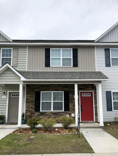 515 OYSTER ROCK LN, Sneads Ferry, NC 28460 - Photo 1