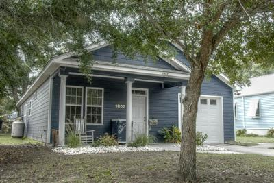 1807 FISHER ST, Morehead City, NC 28557 - Photo 2