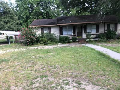 235 FRANK MELVIN RD, Elizabethtown, NC 28337 - Photo 1