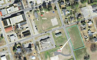12345 4 EAST & PLEASANT STREET, Roseboro, NC 28382 - Photo 1