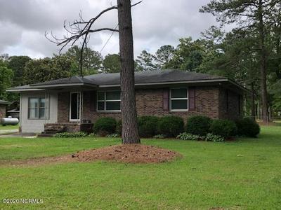 404 CRANDELL ST, Robersonville, NC 27871 - Photo 1