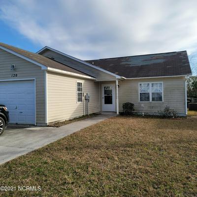 120 CHARLTON RD, Hubert, NC 28539 - Photo 1