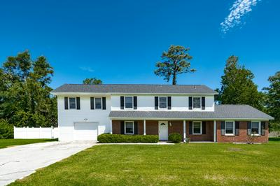 3604 PLANTATION RD, Morehead City, NC 28557 - Photo 1