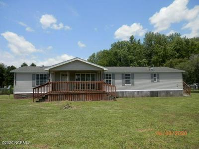 322 GASTON DR, Bladenboro, NC 28320 - Photo 1