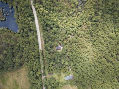 2160 BOROUGH RD, Currie, NC 28435 - Photo 2