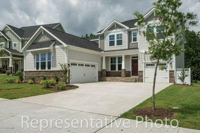402 GOOSENECK CIRCLE, Sneads Ferry, NC 28460 - Photo 1