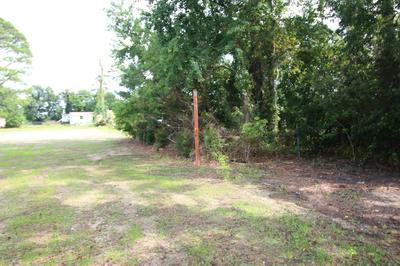 165 COMMUNITY RD, Davis, NC 28524 - Photo 1