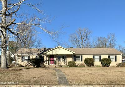 301 KING RICHARD CT, Jacksonville, NC 28546 - Photo 1