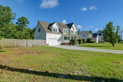 715 JIM GRANT AVE, Sneads Ferry, NC 28460 - Photo 2