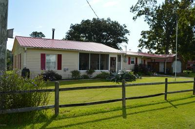 401 MATTOCKS AVE, Maysville, NC 28555 - Photo 2