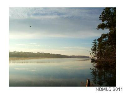 454 BAIRD POINT RD, Grantsboro, NC 28529 - Photo 2