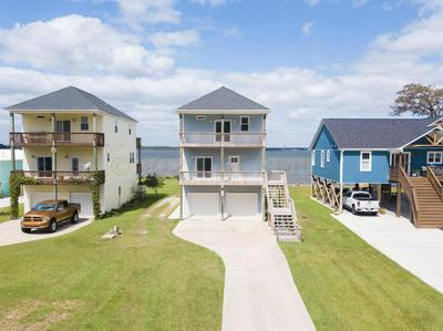 175 HALL POINT RD, Sneads Ferry, NC 28460 - Photo 2