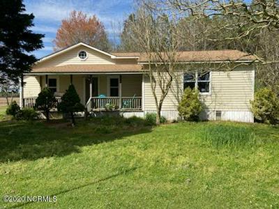 898 MAIN ST, Pinetown, NC 27865 - Photo 1