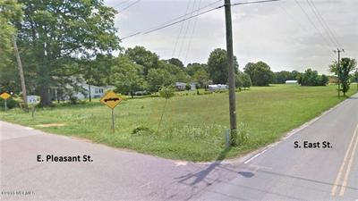 12345 4 EAST & PLEASANT STREET, Roseboro, NC 28382 - Photo 2