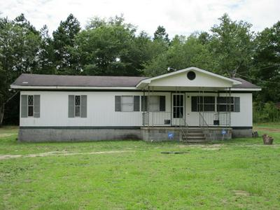 9100 TARTAN RD, Laurinburg, NC 28352 - Photo 1
