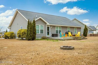 121 HOLLAND FARM RD, Cedar Point, NC 28584 - Photo 2