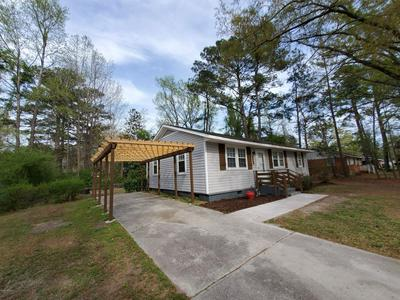 121 ARMSTRONG DR, JACKSONVILLE, NC 28540 - Photo 2