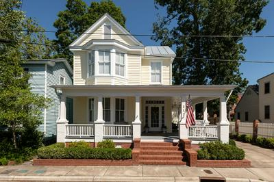 212 CHANGE ST, New Bern, NC 28560 - Photo 1
