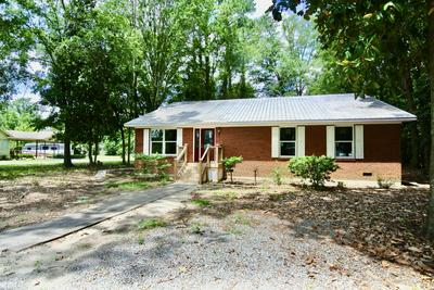 210 N FIRST AVE, New Bern, NC 28560 - Photo 1