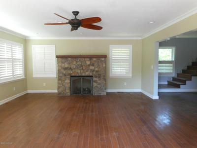 600 ROBIN RD, Morehead City, NC 28557 - Photo 2