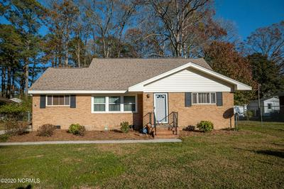 507 FOREST ACRES DR, Tarboro, NC 27886 - Photo 1