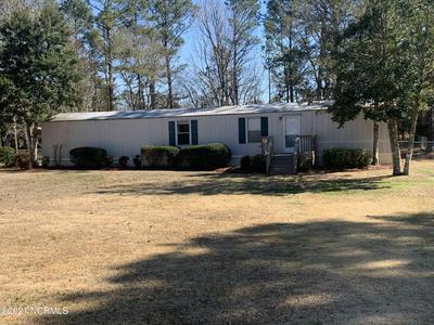 122 WOODLAND DR, Swansboro, NC 28584 - Photo 2