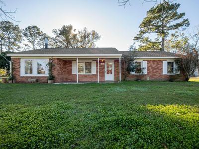 113 ROYAL CT, Jacksonville, NC 28546 - Photo 1