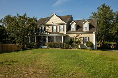 402 LANDFALL CT, Newport, NC 28570 - Photo 2